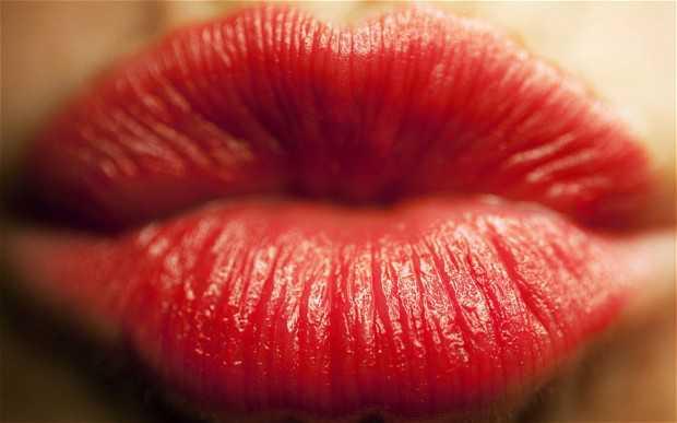 Lipstick_2551703b