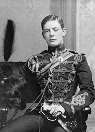 Churchill in military uniform, 1895. (Image from Wikipedia/the Imperial War Museum)