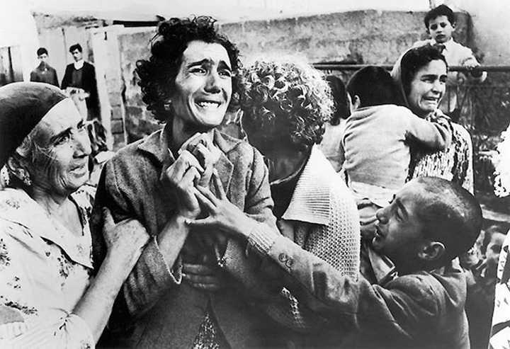 1964 KIBRIS-Eşinin Katledilmesine Ağlayan Türk Kadını