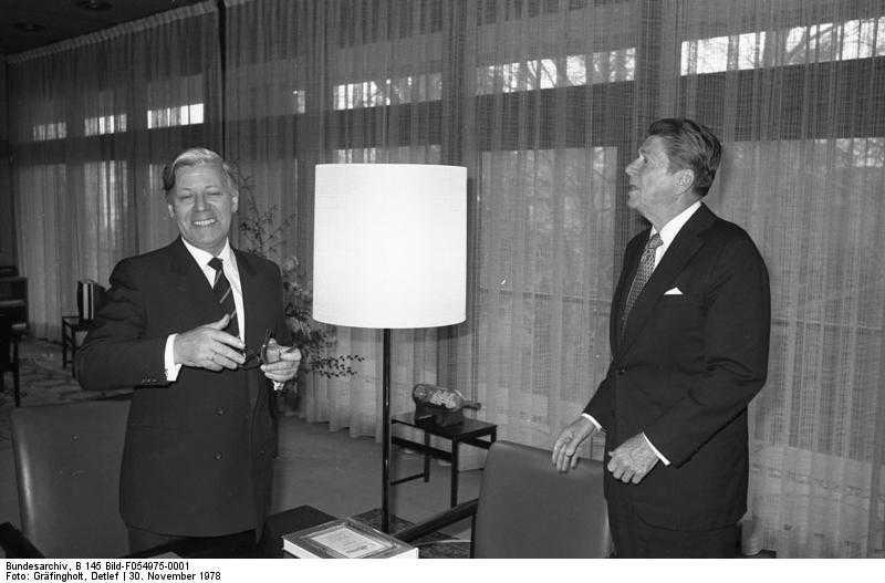 Bonn, Helmut Schmidt, Ronald Reagan