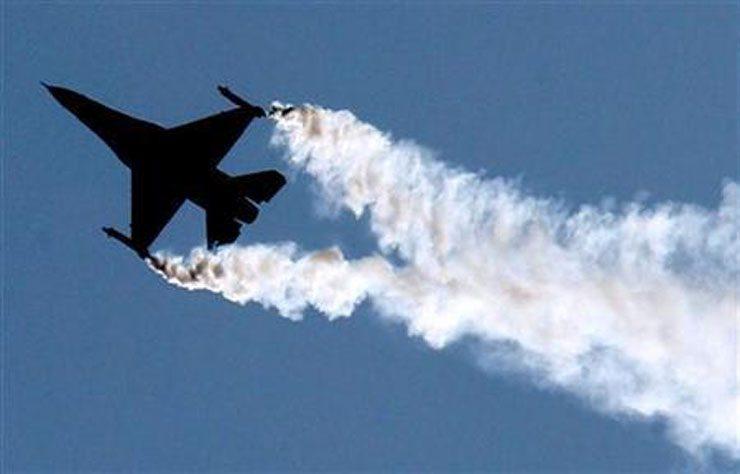 Ankara'da F-16 'alçak uçuş' testi, 'S-400 denemesi' haberine döndü: Dolar/TL 5.75