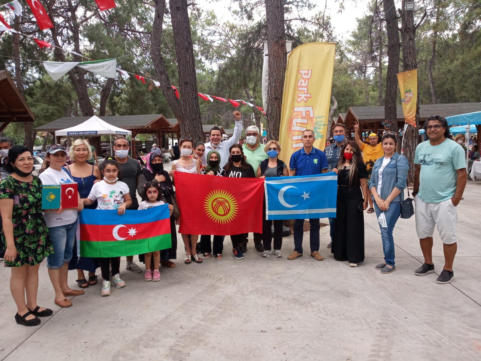 Türk Dünyası ve yerleşik yabancılar Türkiye'nin ilk kadın Köy Pazarı'nda